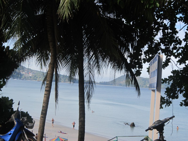 пхукет лежаки на пляжах