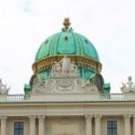 Фотопрогулка по Вене — город дворцов, скульптур и музыки