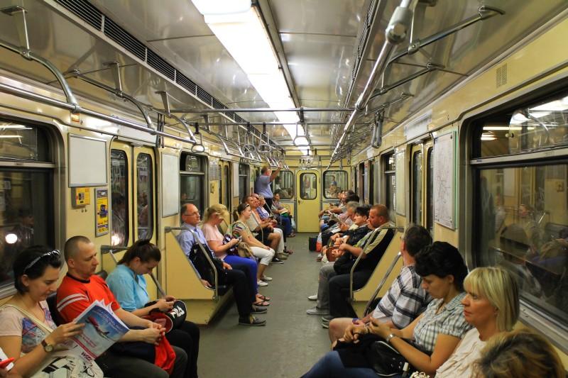 budapest_subway_vagon