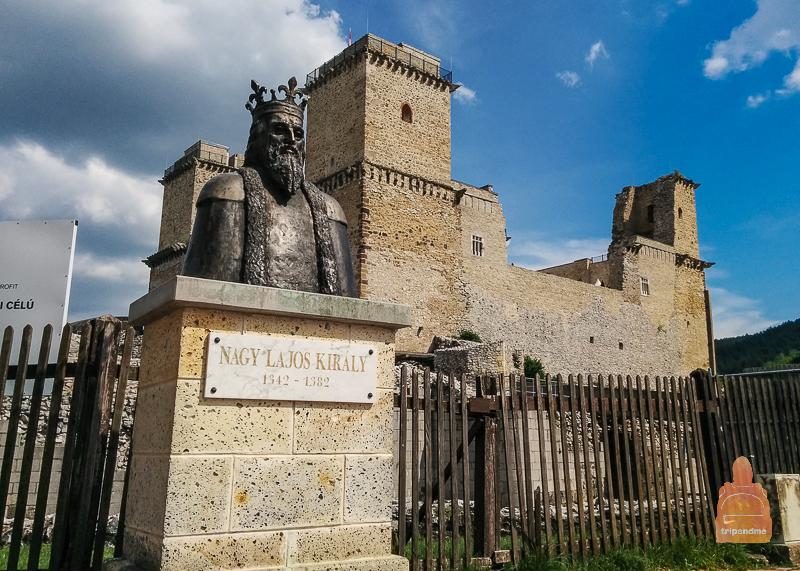 Крепость любил венгерский король Лайош I