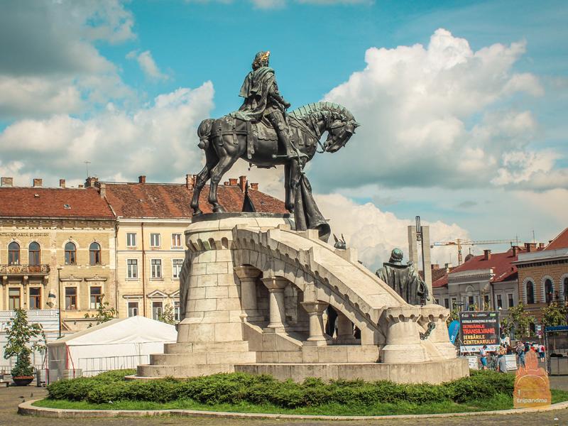 Памятник венгерскому королю Матьяшу в Клуже
