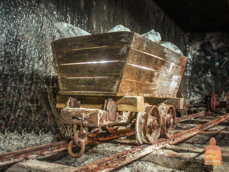 Сотни лет в шахте добывали соль