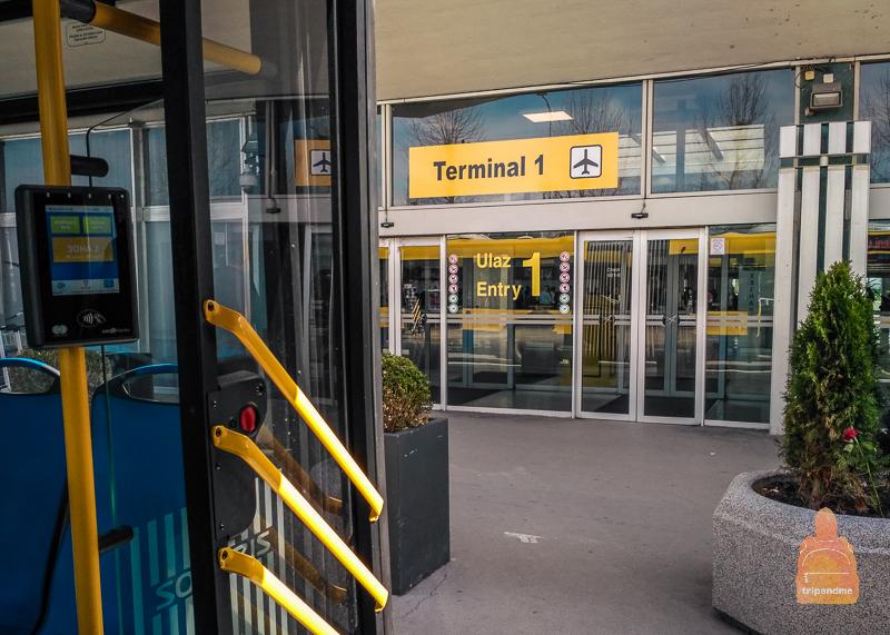 Терминал оплаты в автобусе