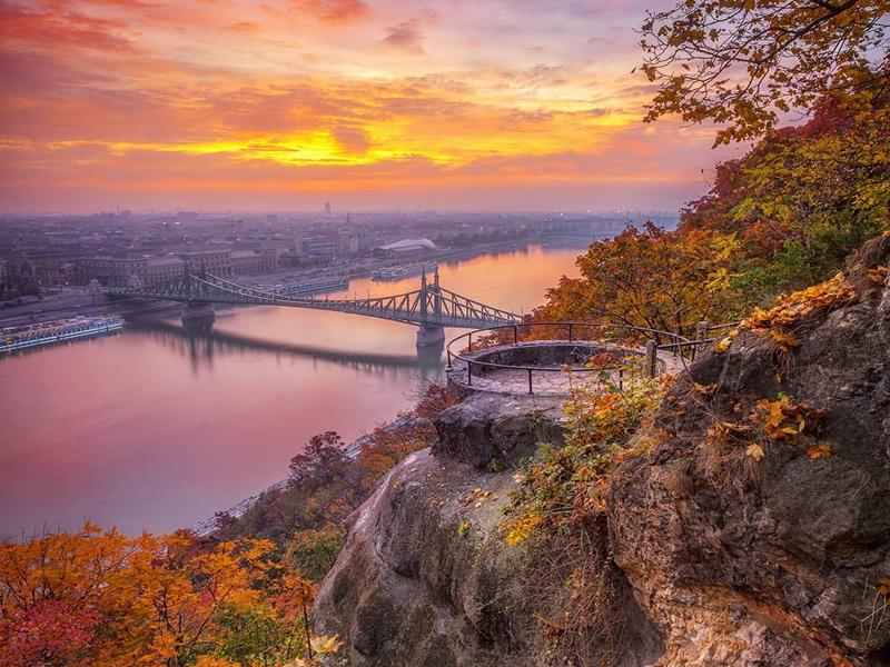 Вид с горы Гелерт на Дунай
