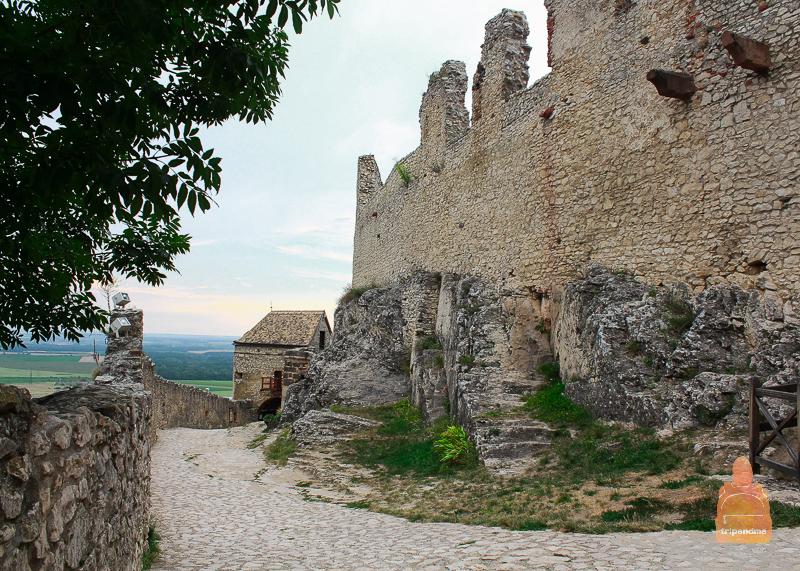 Стены Шюмегской крепости