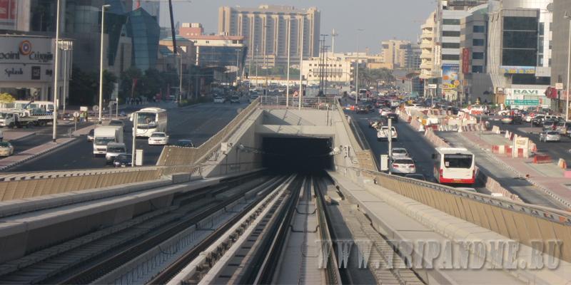 Тоннель на ветке метро Дубая