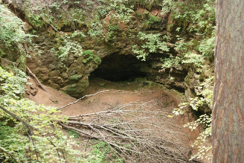 Одна из Ичалковских пещер