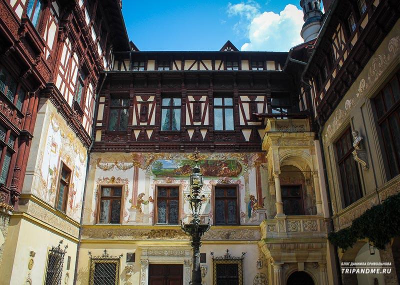 Красивые с точки зрения архитектуры дома в Румынии