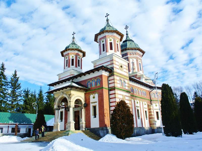Достопримечательности и религия в Румынии