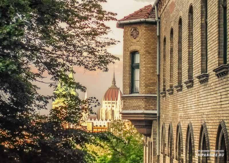 По какому принципу строили раньше здания в Венгрии