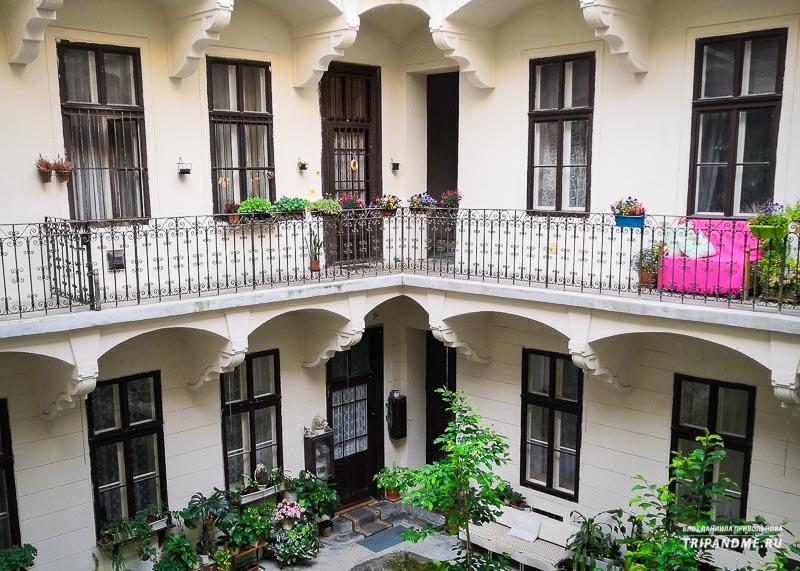 Венгерские декоративные украшения зданий