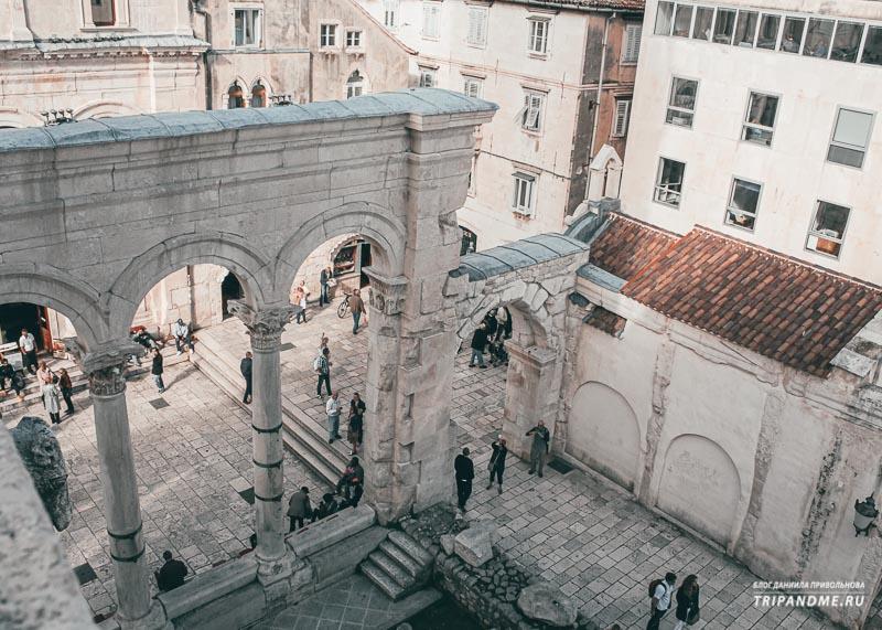 Фото дворца Диоклетиана в Сплите