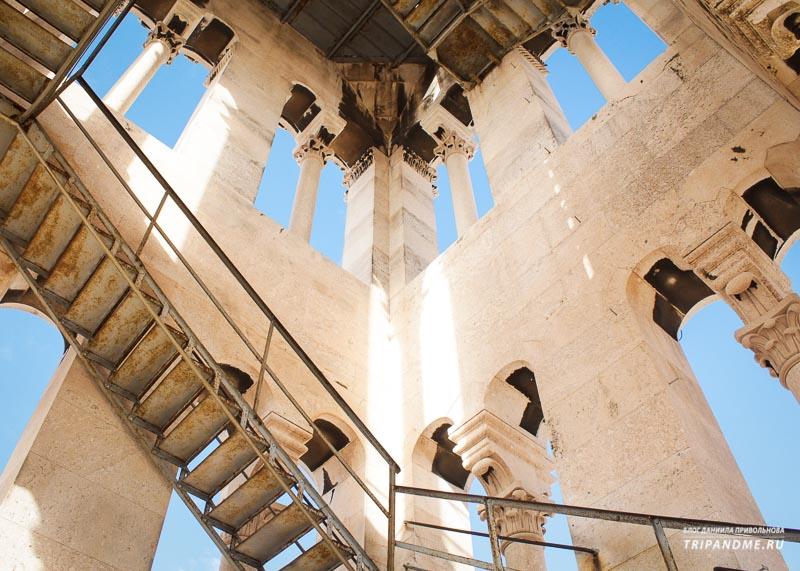 Колокольня Кафедрального собора в Сплите