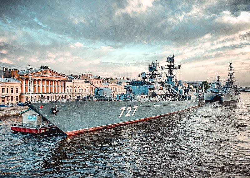 Программа в день ВМФ в Санкт-Петербурге 2021