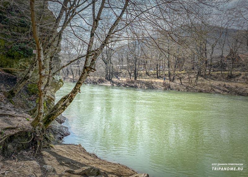 Река Псекупс и гора Петушок